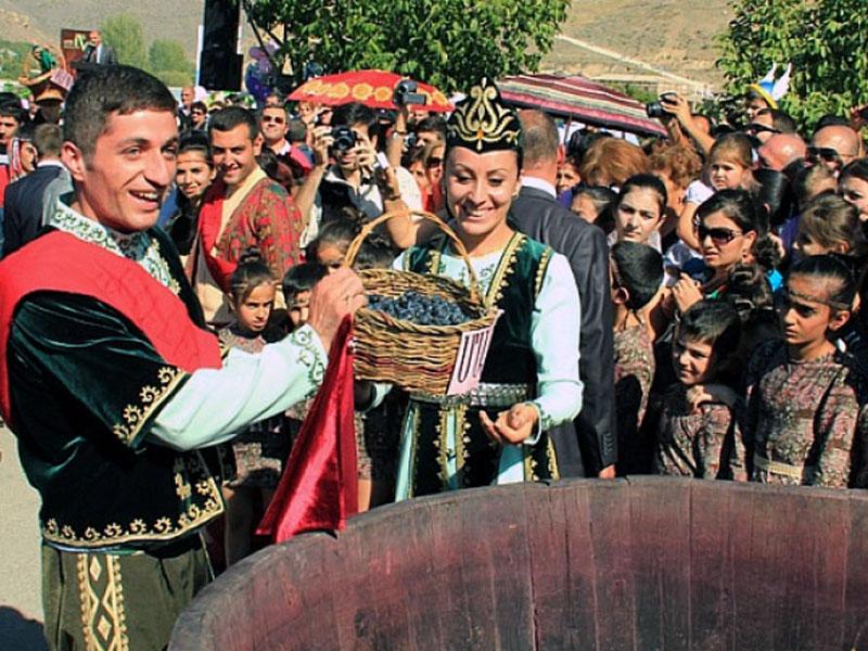 Фестиваль Вина в Арени